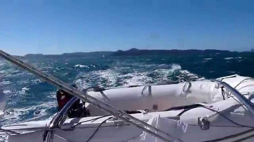 Broadblue 385 Whitsundays Sailing 2 June 2014