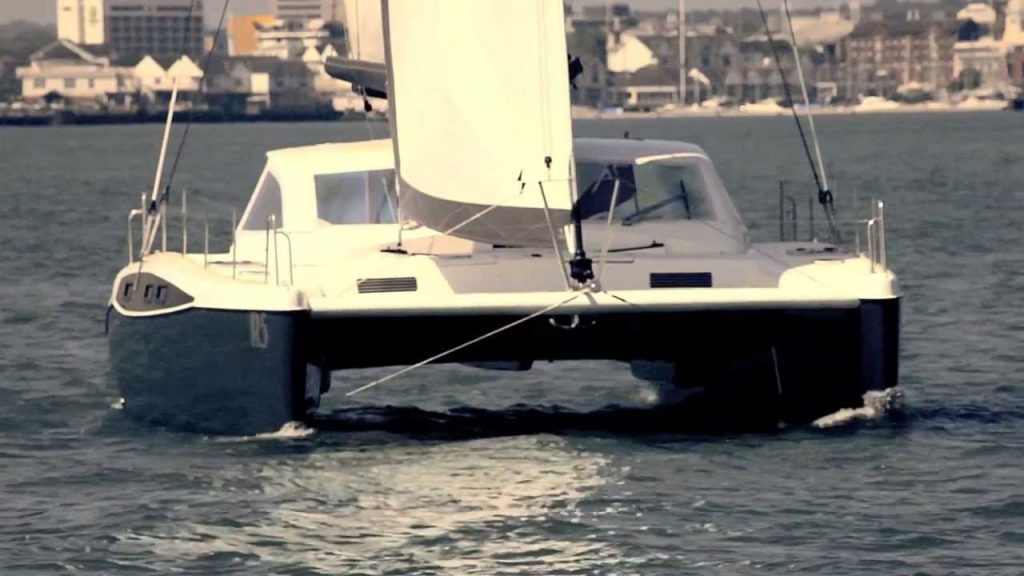 Broadblue Rapier 400 Catamaran video tour