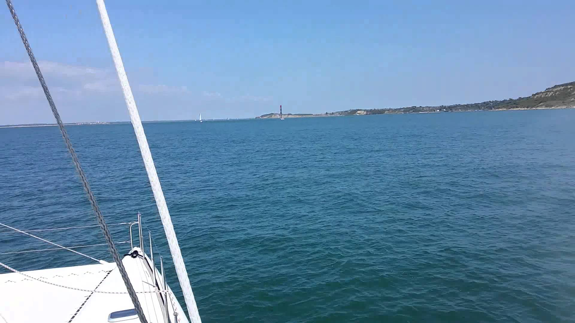 Rapier 400 sailing off the Isle of Wight
