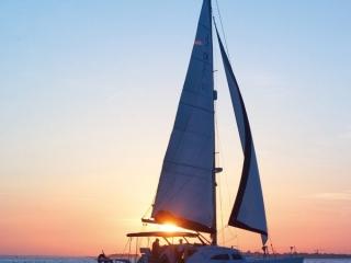 Sail your dream off into the sunset